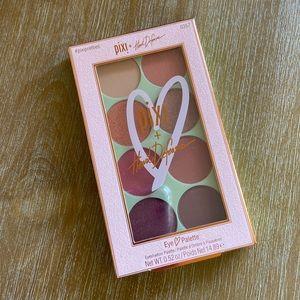 NIB Pixi Beauty Heart Defensor Palette